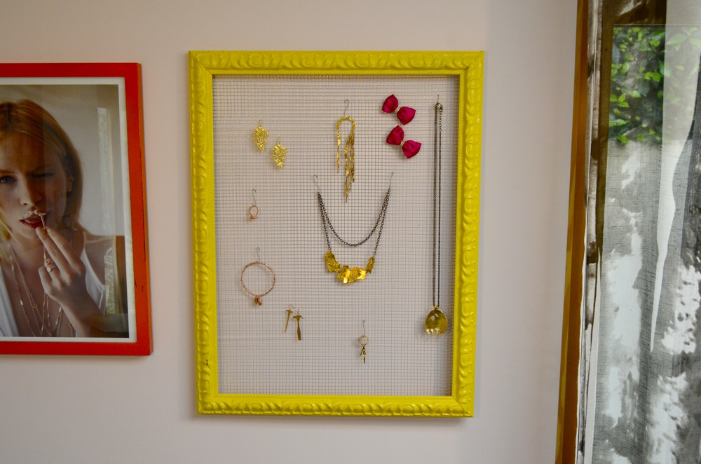 Mr Kate DIY framed jewelry organizer