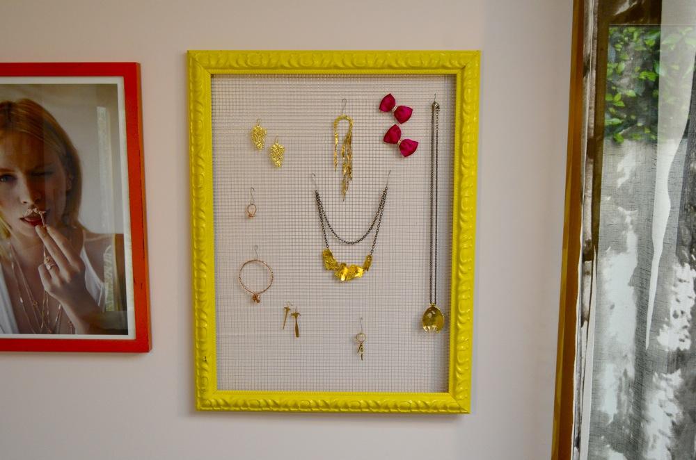 Mr Kate DIY framed jewelry organizer