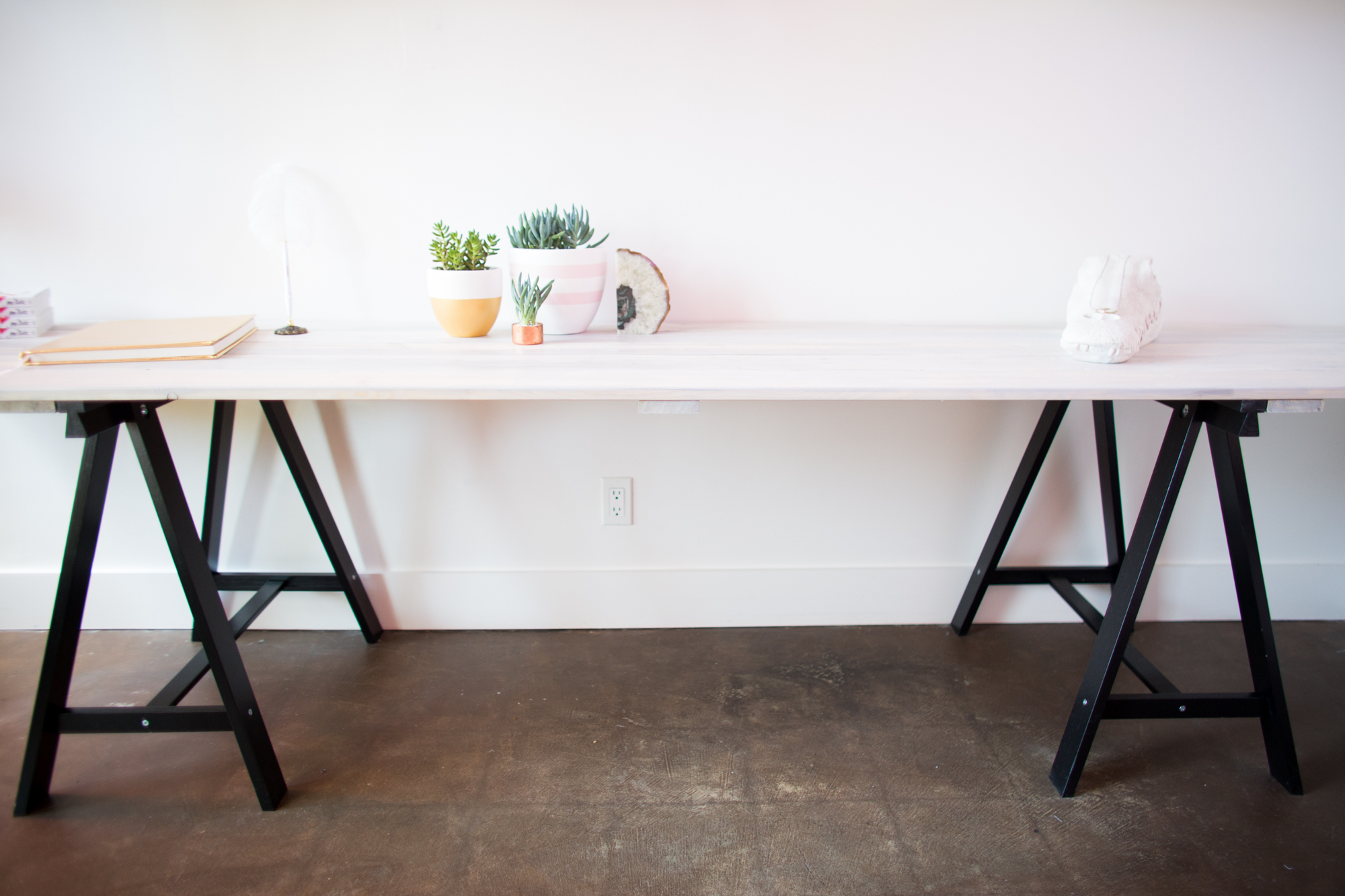 Mr. Kate - DIY Grey Stained Wood Plank Table