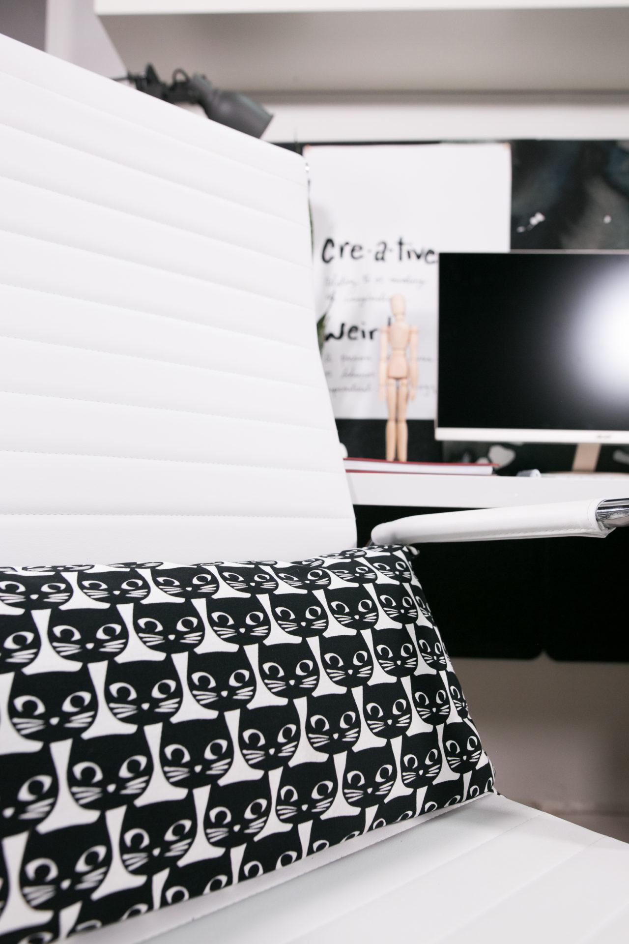 mrkate_cubicle_3ways_blog-49