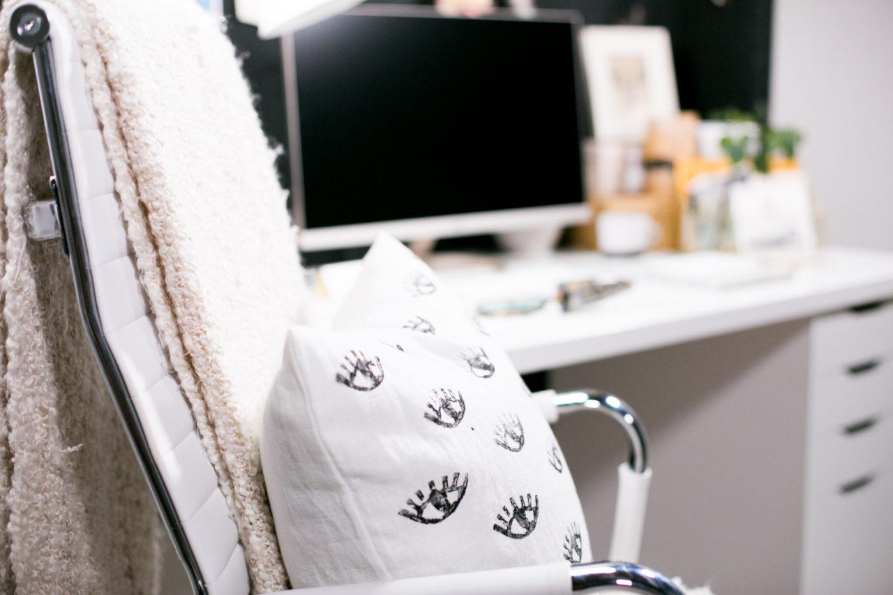 mrkate_cubicle_3ways_blog-89