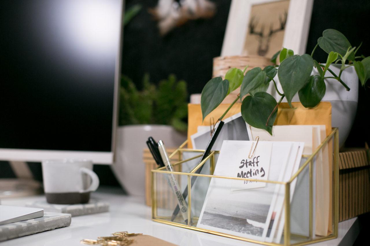 mrkate_cubicle_3ways_blog-94