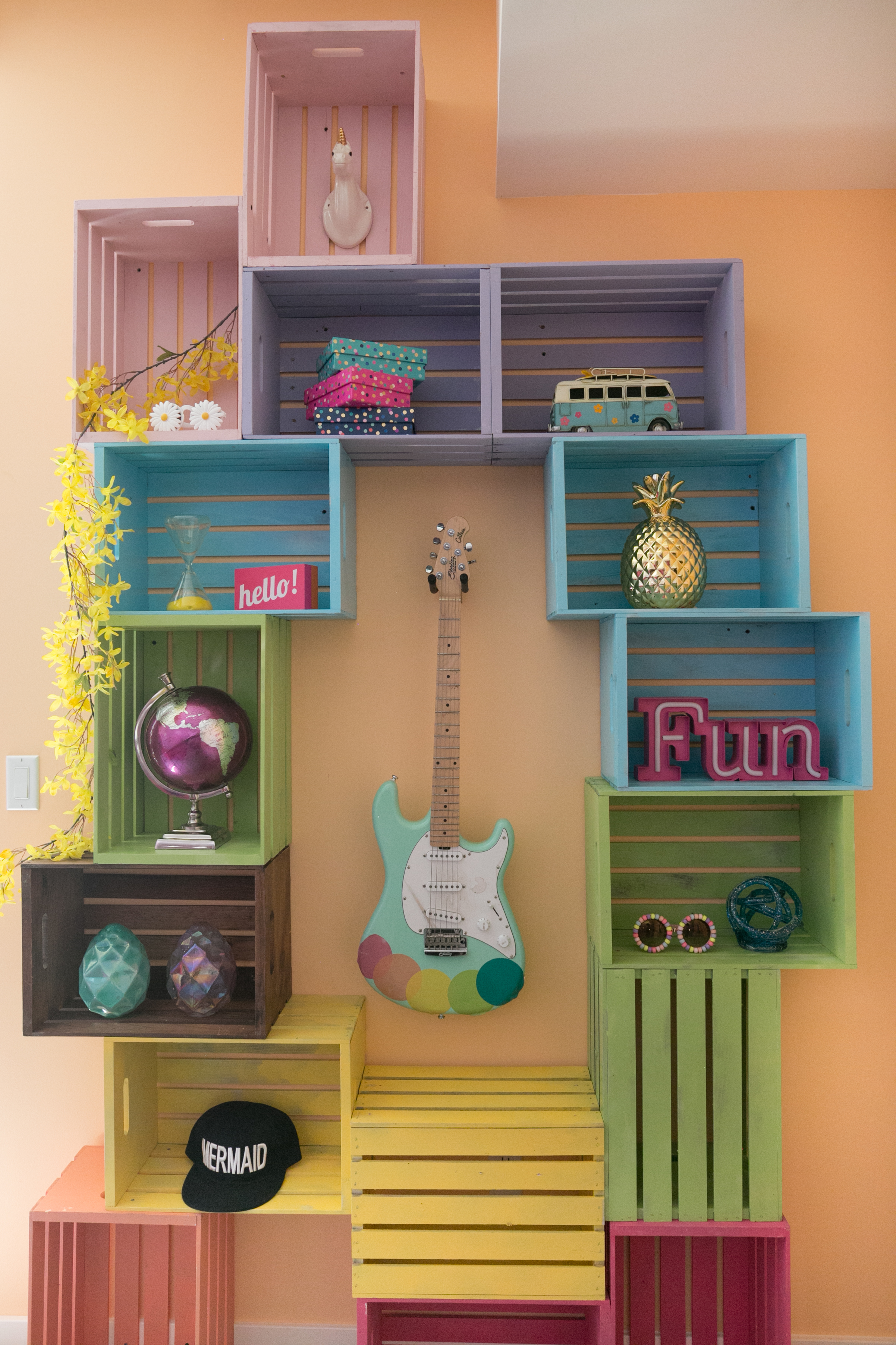 Fill your crates with decorative items jewelry