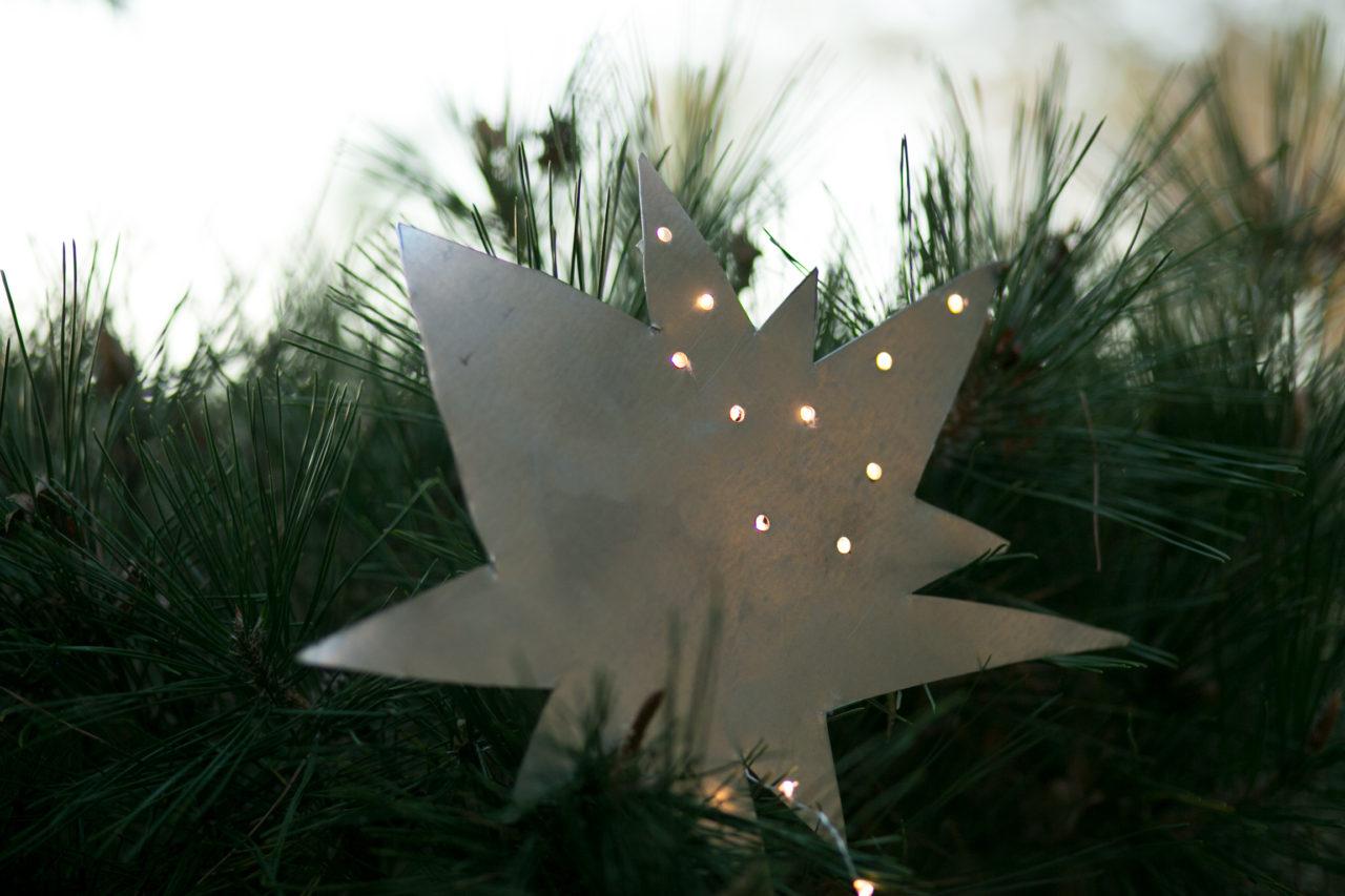 mrkate_diy_starburst_treetopper_blog-8