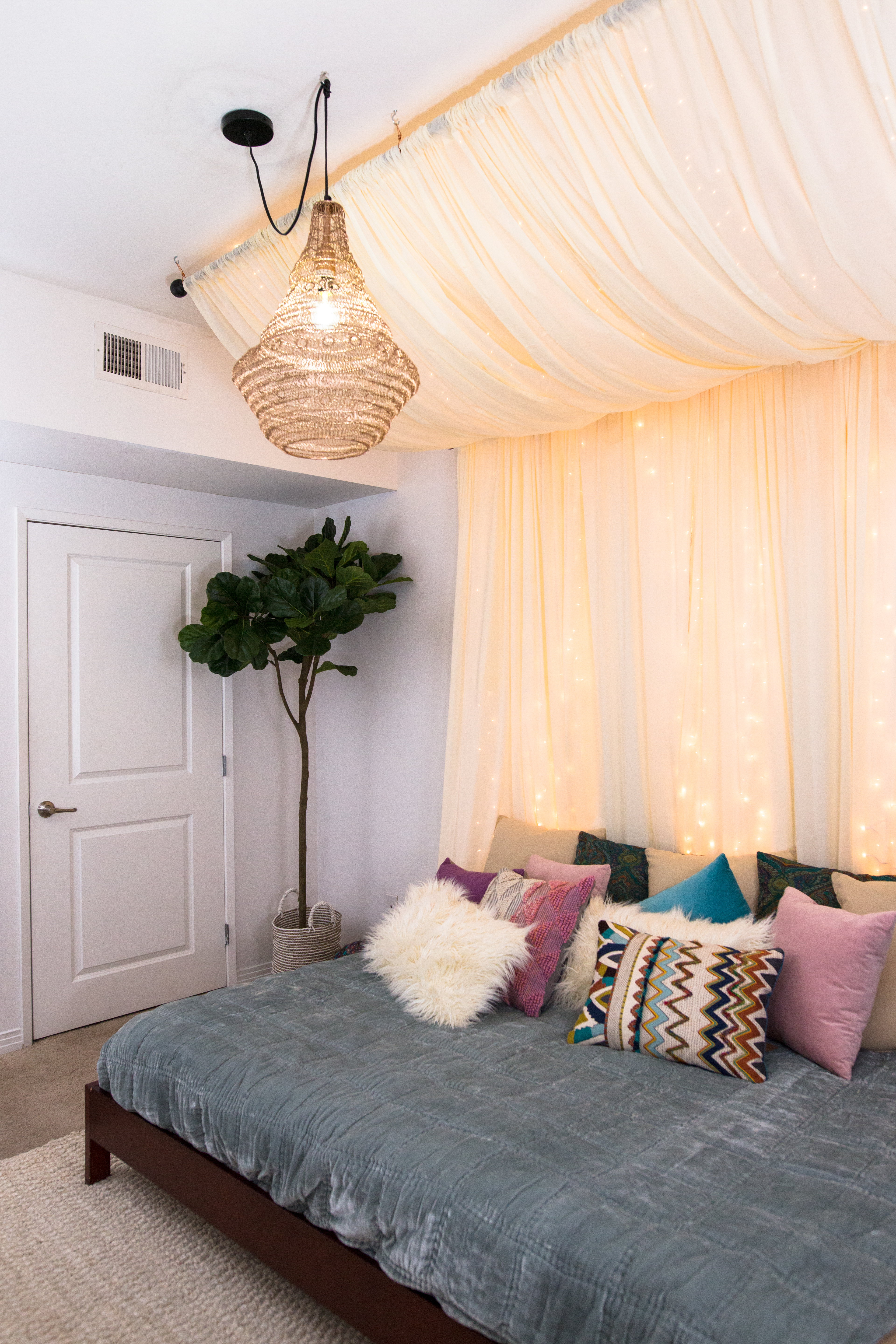 inspiration from pinterest - Fairy Lights Bedroom